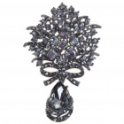 Vintage Imitated Diamond Alloy Brooch with Pendant (Clothing Accessories Category)